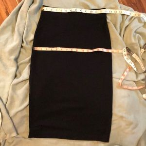 H&M DIVIDED black pencil skirt. Worn once EUC